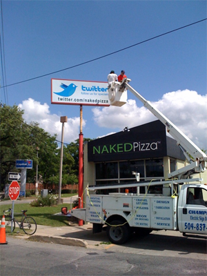 TechCrunch - NakedPizza and Twitter Billboard